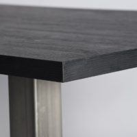 Tafel – eiken – zwart – Nero ruvido – detail blad – Tavolo enzo