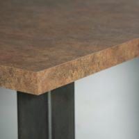 Tafel – roest – Ruggine – stalen onderstel – U- detail – Tavolo enzo