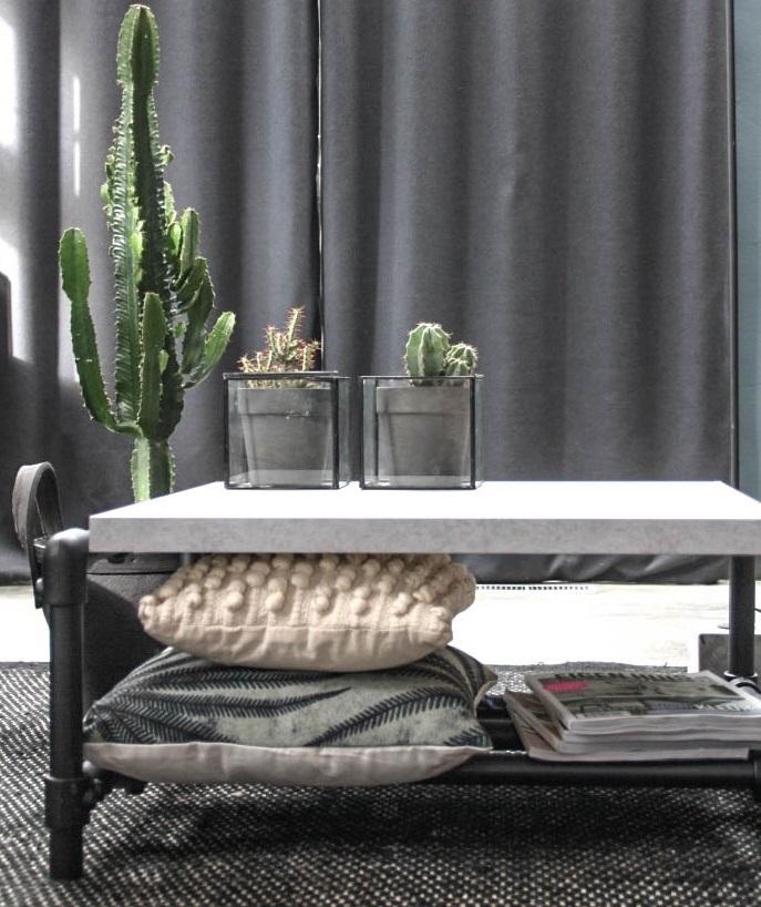 Combinatie tafels / bankjes / salontafels