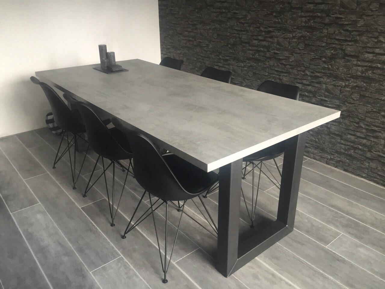 Onderstel Tafel Staal : Eettafel betonlook mattone scuro met u poot tavolo enzo